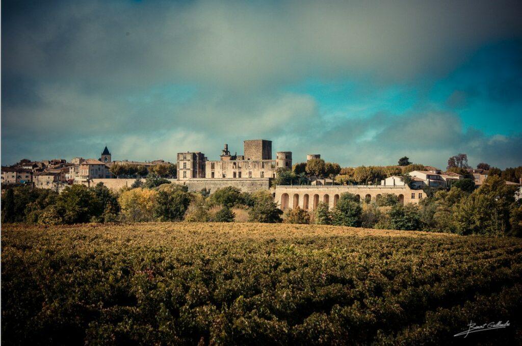 Vue sur le Château La Tour © Benoît Gaillandre